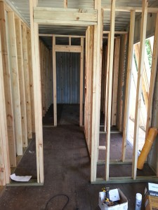 hvf8h-04-Closet-Framing-Making-Room-for-Insulation