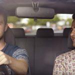 Această reclamă din Noua Zeelandă impotriva folosirii telefonului în timpul conducerii masinii este genială