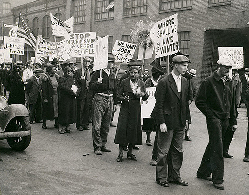 Civil Rights protestors demonstrating for fair employment during the Great Depression. Photograph by Ralph A. Ross, 1931. Events and Parades Collection. Missouri Historical Society Photographs and Prints Collections. Groups 102. Scan © 2005, Missouri Historical Society.
