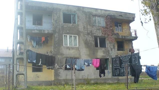 După 10 ani de UE, România se afundă în sărăcie. A crescut numărul televizoarelor alb-negru, iar peste jumătate din populație nu are acces la canalizare