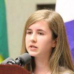 Care sunt argumentele unui copil de 12 ani, la un concurs de retorică, unde își alege subiectul avortului