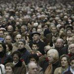 INS: Suntem 22 de milioane de români și avem o vârstă medie de 41 de ani