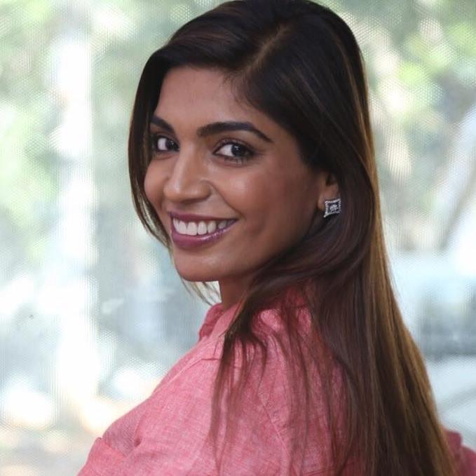 Această doctoriță uimitoare din India a decis să ofere mai mult decât asistență medicală – a transformat viața sătenilor