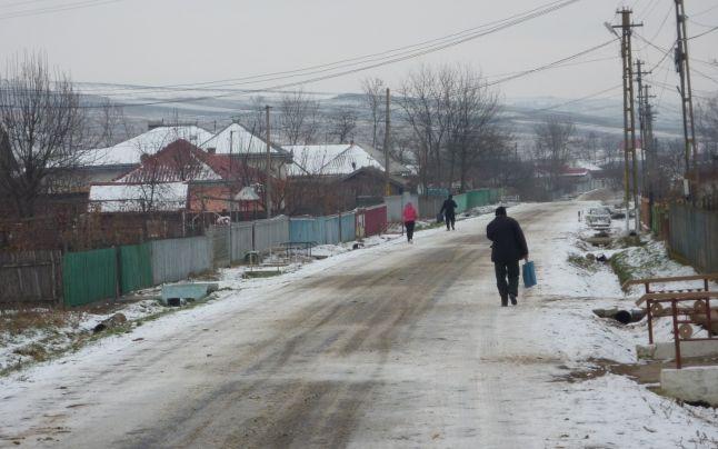 Iata localitatea cu cei mai puturosi oameni din Romania: prefera sa moara de foame pentru ca munca-i grea si cere timp