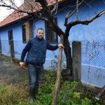 Un român stabilit în Germania a investit 16.000 de euro, pentru a readuce la viață o veche casă țărănească