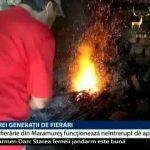 O mică fierărie dintr-un sat maramureșean funcționează neîntrerupt din 1919. După trei generații, ultimul fierar nu are cui să-i transmită meșteșugul